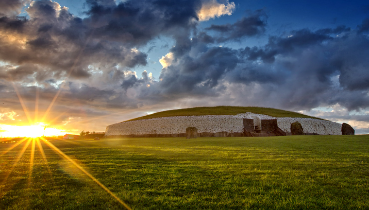 Newgrange Passage Tomb - Boyne Valley Ireland